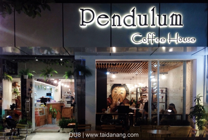 Pendulum coffee house
