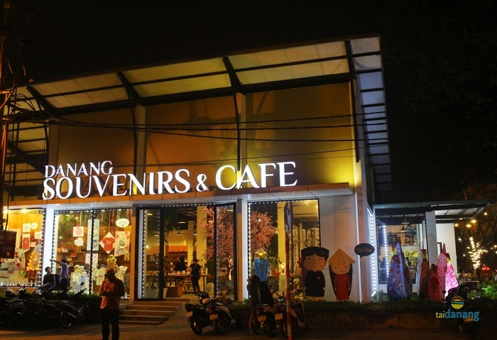 cafe ngam song Han