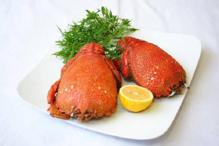 top-10-quan-hai-san-da-nang-ly-tuong-nhat-de-nap-vitamin-sea-8