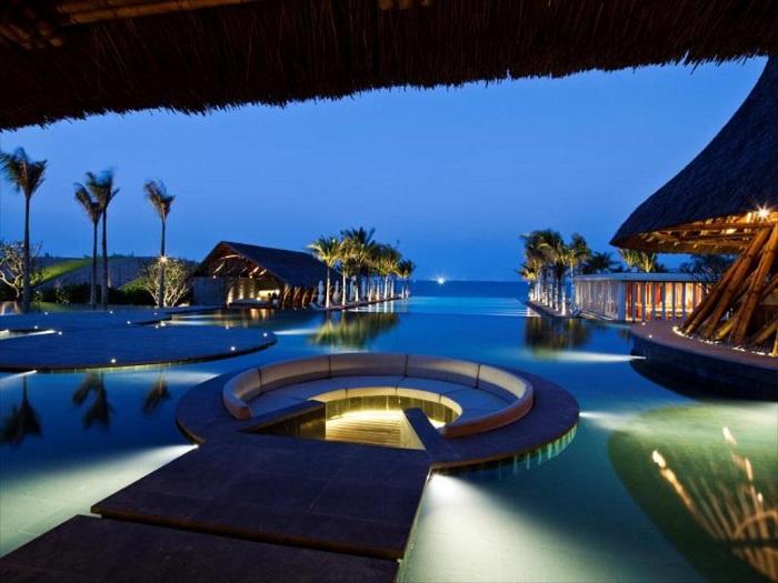 trai-nghiem-cuoc-song-thuong-luu-tai-top-5-resort-sang-chanh-nhat-da-nang-16