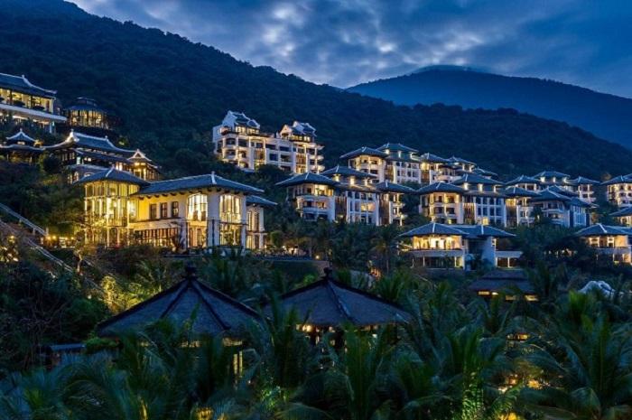 trai-nghiem-cuoc-song-thuong-luu-tai-top-10-resort-sang-chanh-nhat-da-nang-2