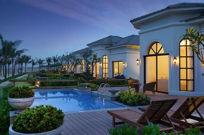 trai-nghiem-cuoc-song-thuong-luu-tai-top-5-resort-sang-chanh-nhat-da-nang-32