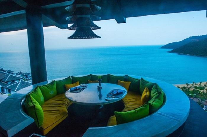 trai-nghiem-cuoc-song-thuong-luu-tai-top-5-resort-sang-chanh-nhat-da-nang-9