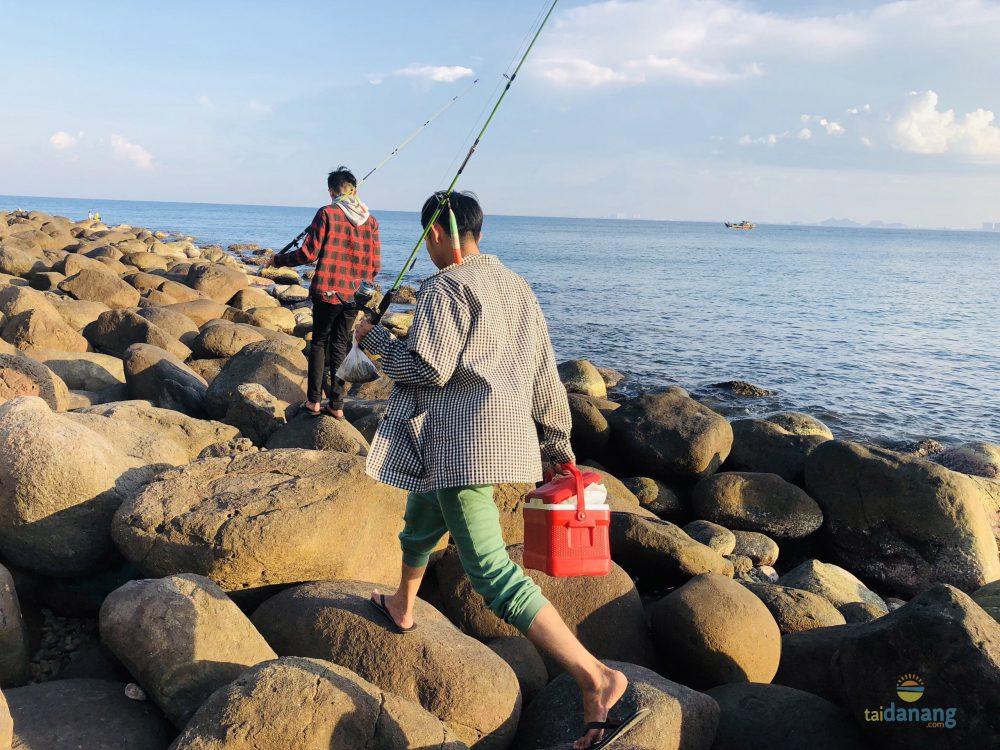 Đường đi đến điểm câu cá