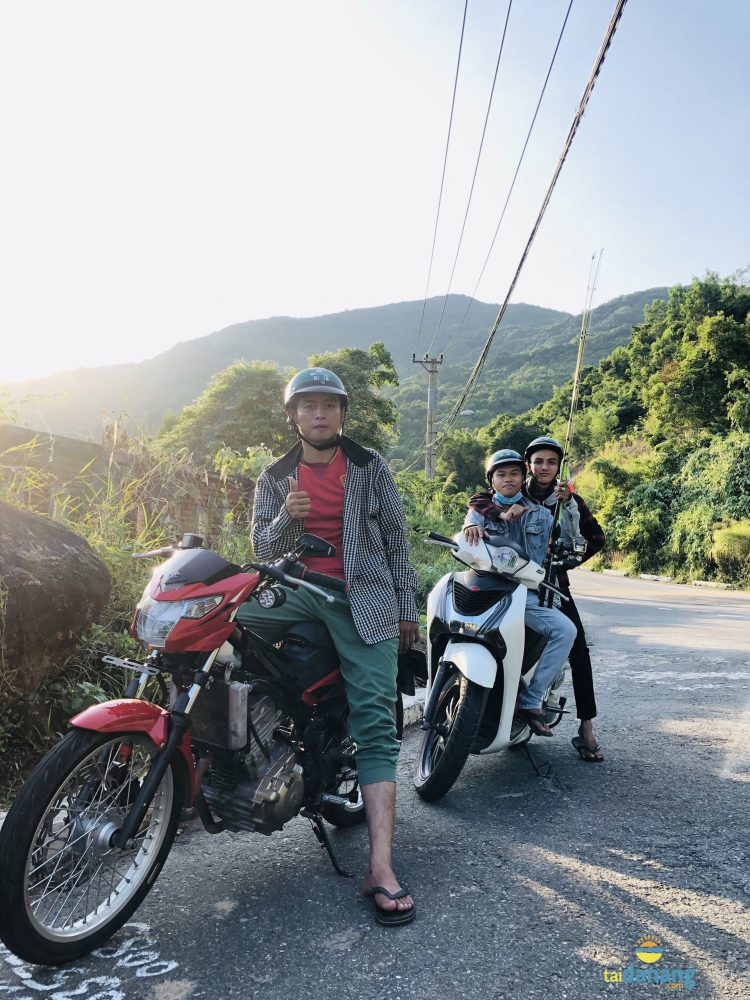 Đi xe máy đến bãi Rạng