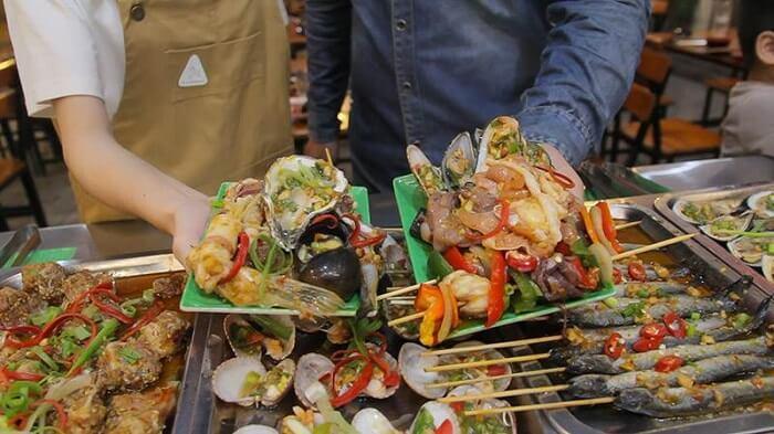 No Cang Bung Voi 12 Nha Hang Buffet O Da Nang Noi Tieng Nhat 5
