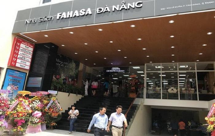 Nha Sach Da Nang 1