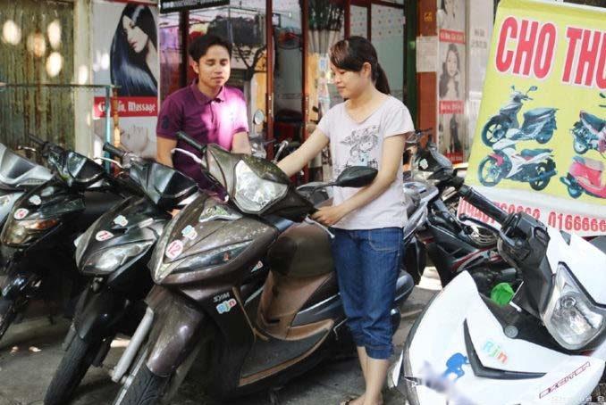 Thuê xe máy Khách sạn Thiên Nga